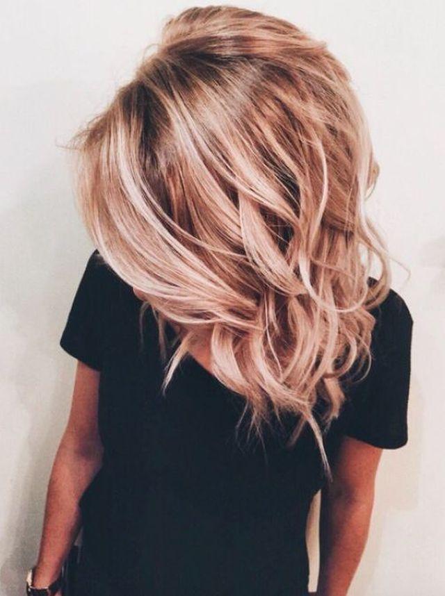 Ani-rysava-ani-blond-farebny-vlasovy-trend-inspirovany-ruzovym-zlatom-6