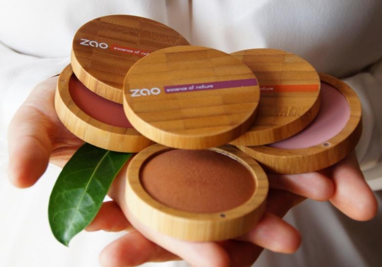 dekorativna-kozmetika-respektujuca-zdravie-zien-aj-nasej-planety-bambusove-obaly
